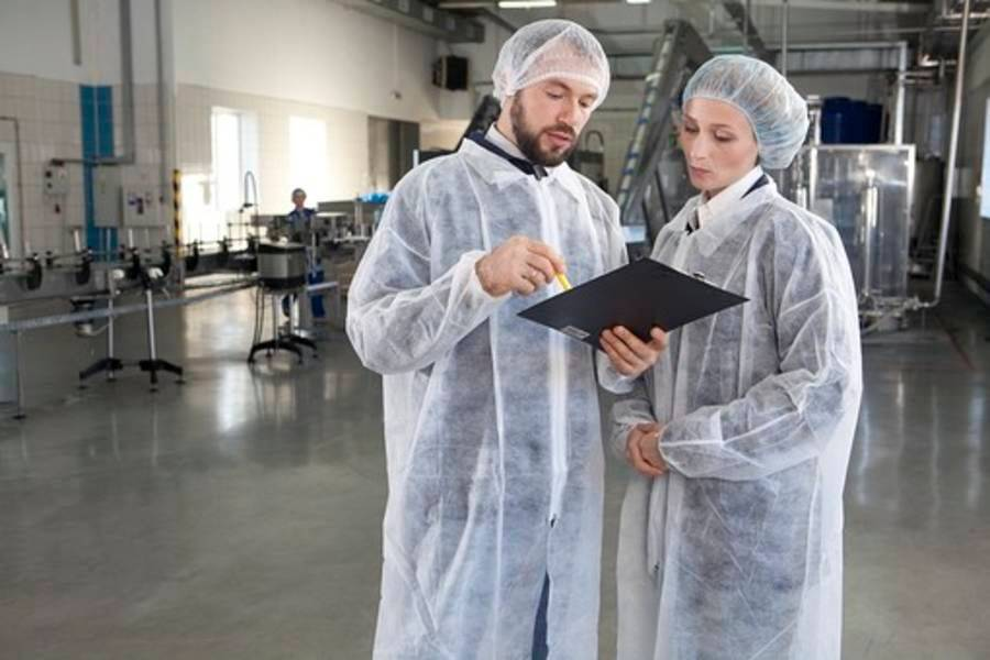 The Merits to Hiring Foreign Workers ~Manufacturing~